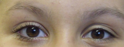 Two Coats of Mascara on right eye